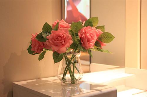 怎样延长玫瑰花花期 玫瑰延长花