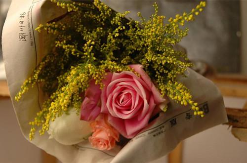 玫瑰鲜花怎么做成干花 新鲜玫瑰怎么做干花(图)